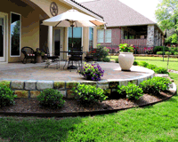 Example of Lawn Care and Flower Bed Maintenance in Bryan/College Station, TX